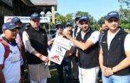 CM धामी ने चारधाम के पुराने मार्गों को खोजने के लिए 25 सदस्यों के दल को हरी झंडी दिखा किया रवाना